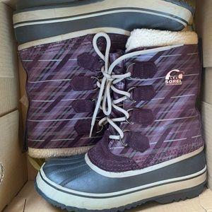 1964 PAC Sorel Purple Plaid Snow Boots